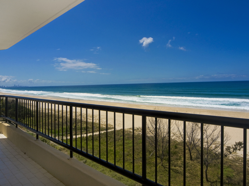 337 Golden Four Drive, Tugun