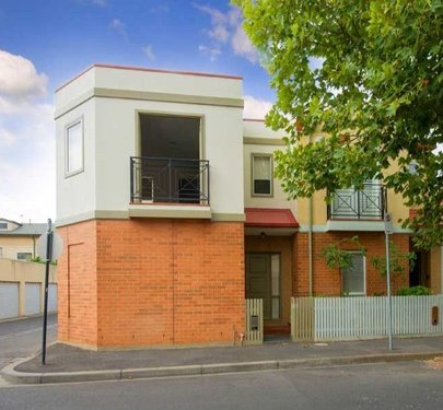 15 Bateman Road, Kensington