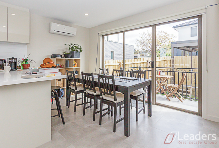 3 / 67 Carinish Road, Clayton