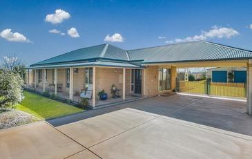 6 Dingee Road, Rochester