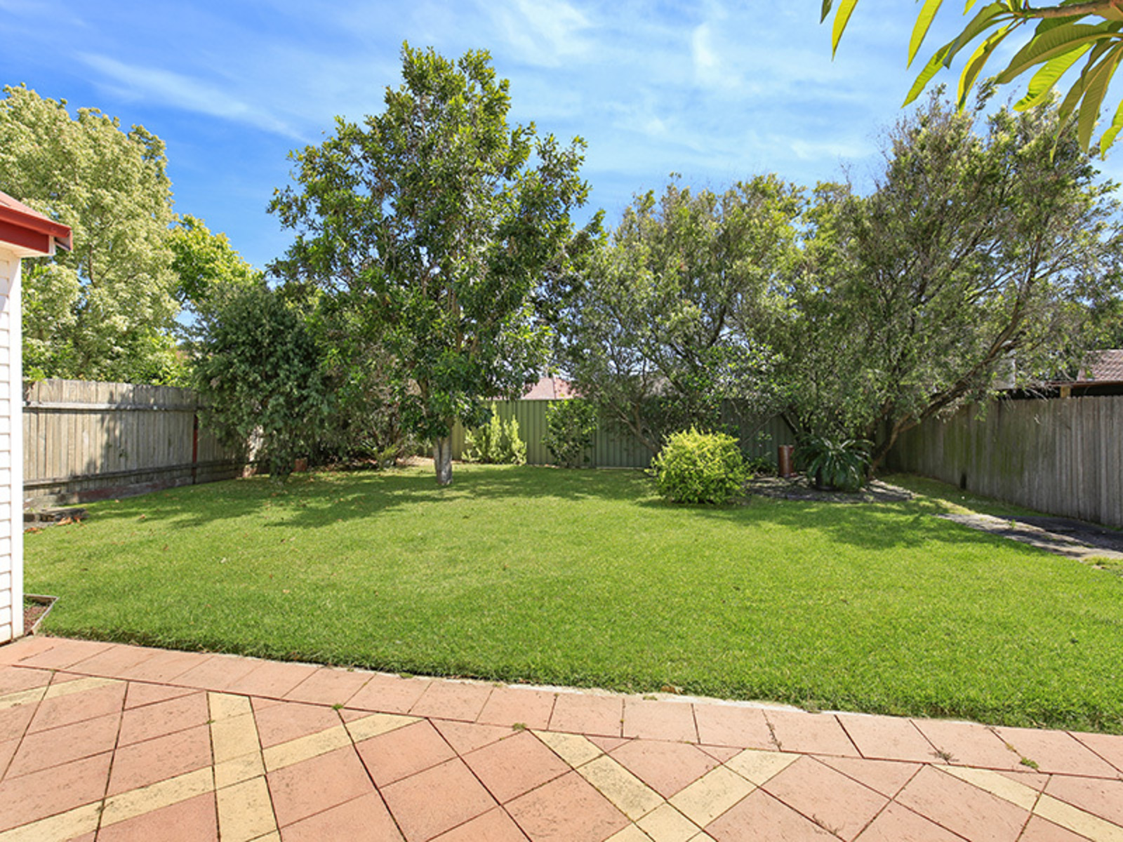 8 Cabbage Tree Lane, Fairy Meadow