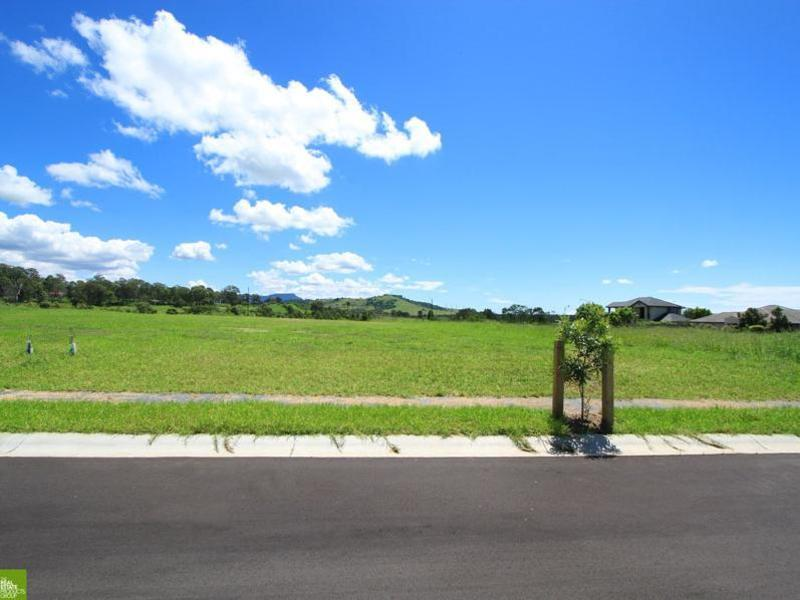 Lot 816, 6 Tallawarra Crescent, Haywards Bay