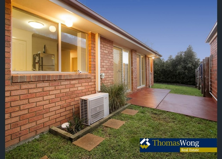 11 Providence Drive, Cranbourne West