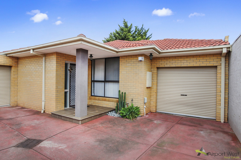 2 / 123 Parer Road , Airport West
