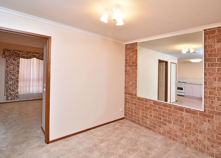 2 / 7 O'Brien Court, West Albury