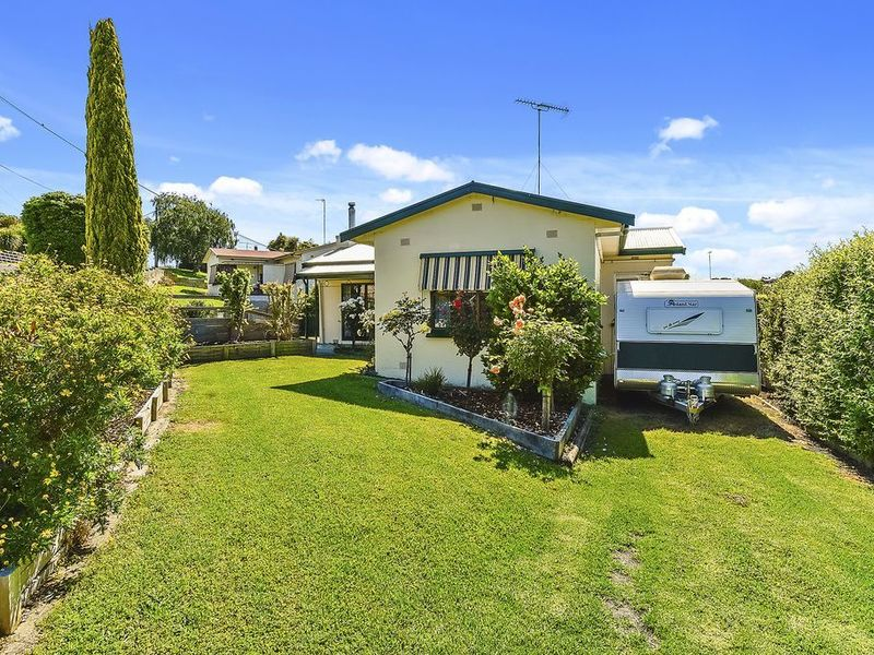 2 Holloway Crescent, Mount Gambier