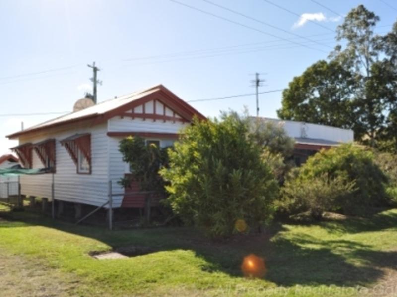 989 Mount Sylvia Road, Caffey