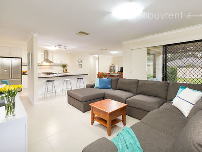 12 WHITELEY CIRCUIT, Baranduda