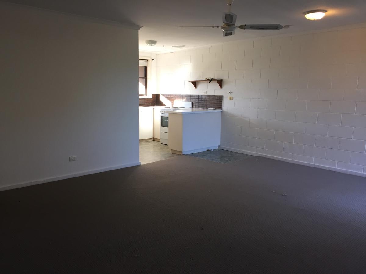 5 / 5 Midland Apartment, Mansfield