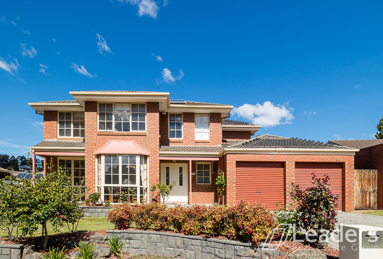 63 Whalley Drive, Wheelers Hill