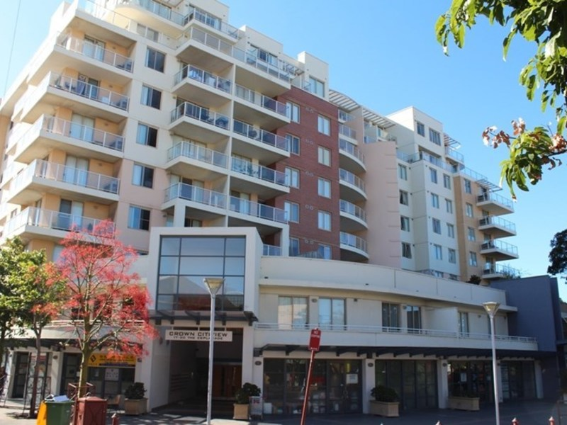 806 / 17 The Esplanade, Ashfield