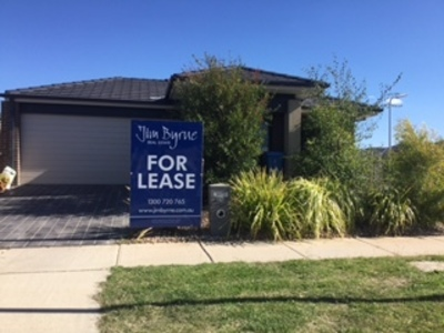 24 Chevrolet Road, Cranbourne East