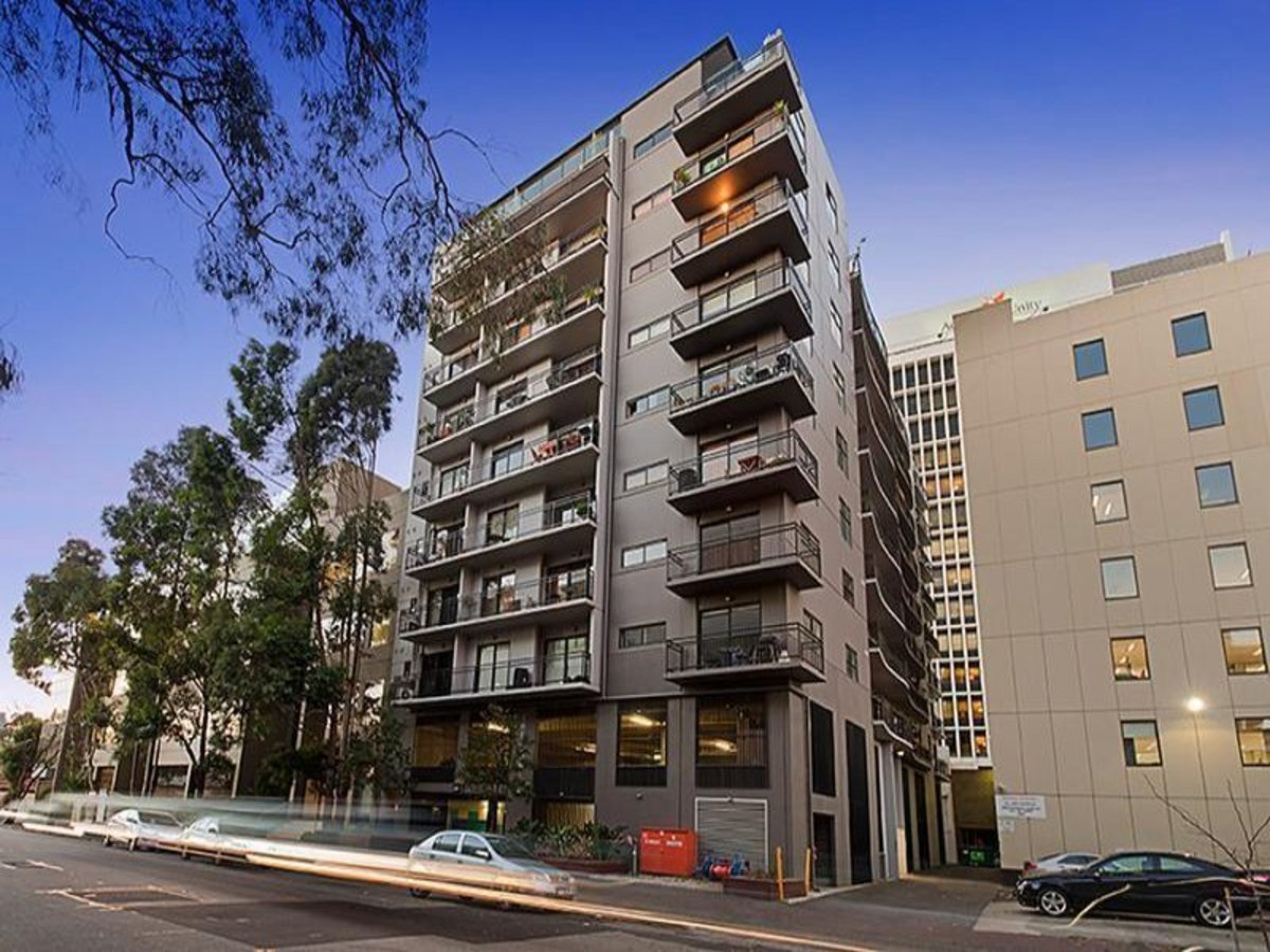 304 / 69-71 Stead Street, South Melbourne