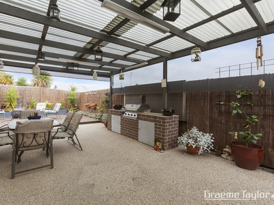 64 Warrawee Road, Leopold