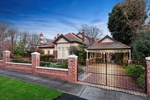 3 Riverview Road, Essendon