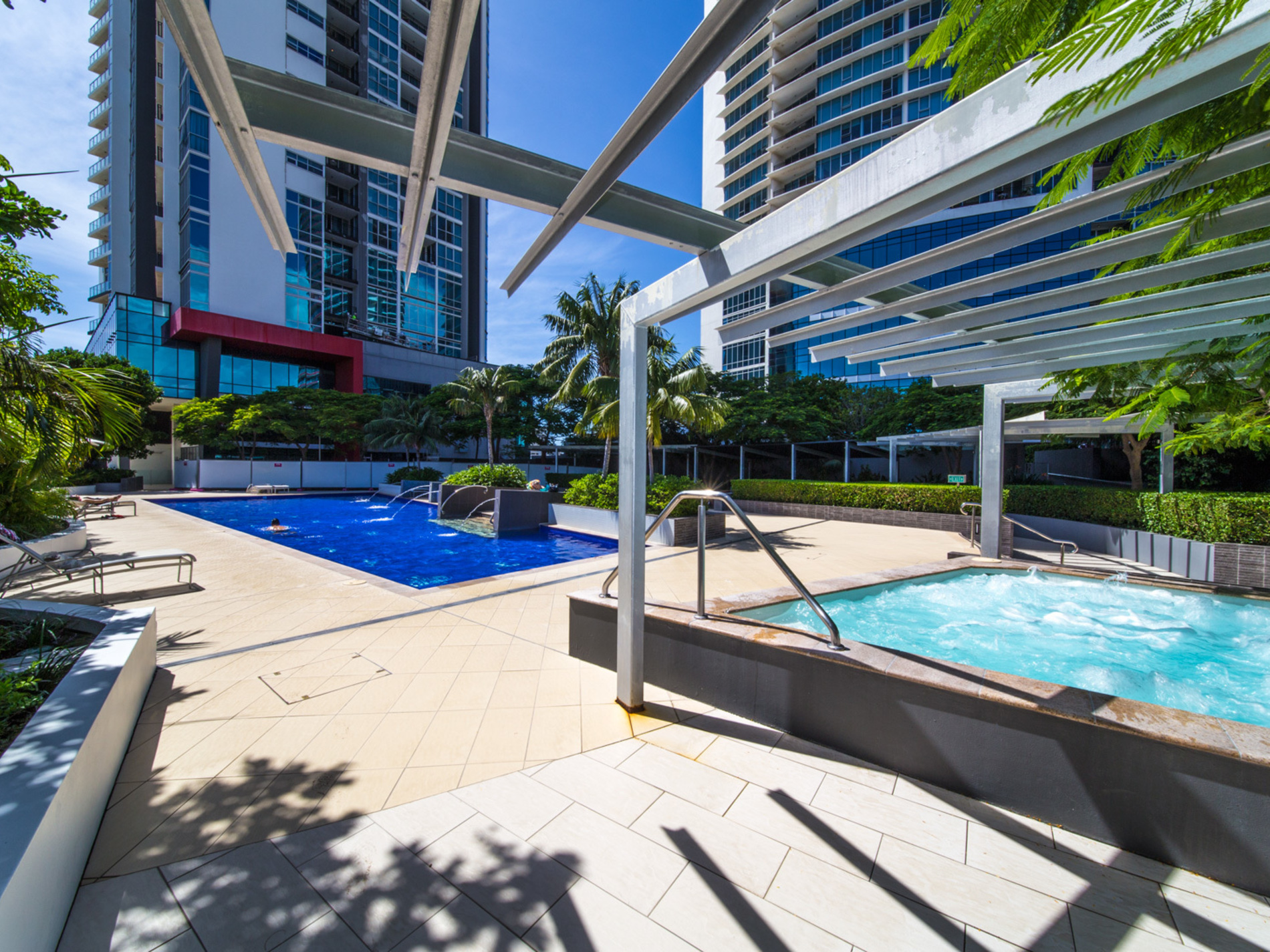 1105 / 56 Scarborough Street, Southport